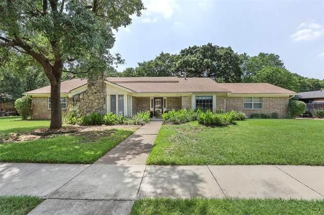 1500 Woodvine Drive, Euless, TX 76040 (MLS #14372432) :: Baldree Home Team