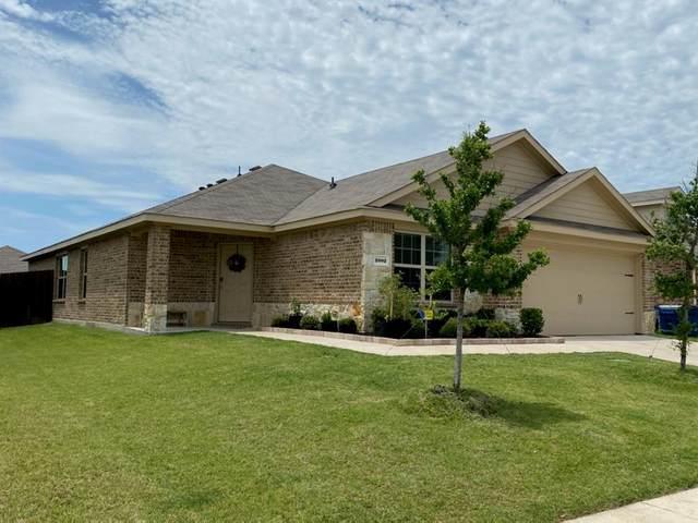 2002 Grimes, Forney, TX 75126 (MLS #14372458) :: RE/MAX Landmark