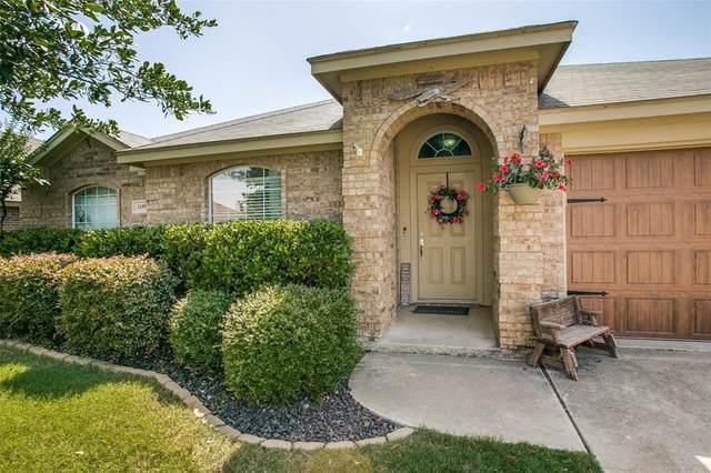 1139 Grove Court, Burleson, TX 76028 (MLS #14373127) :: Baldree Home Team