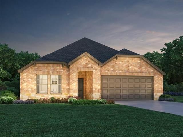 9516 Abington Avenue, Fort Worth, TX 76131 (MLS #14373306) :: Team Tiller