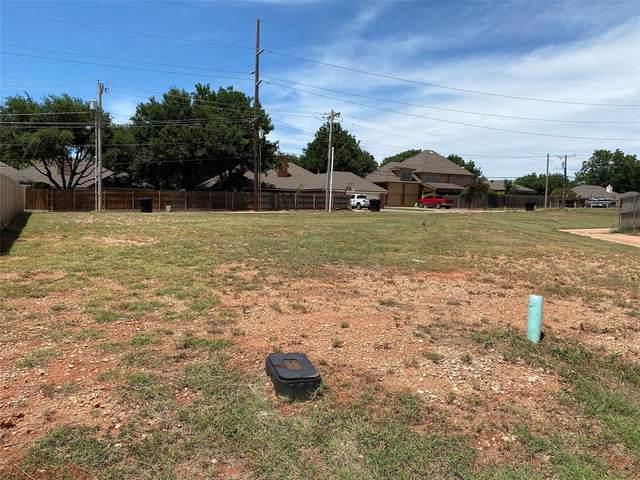 6710 Hillside Court, Abilene, TX 79606 (MLS #14373752) :: The Paula Jones Team | RE/MAX of Abilene