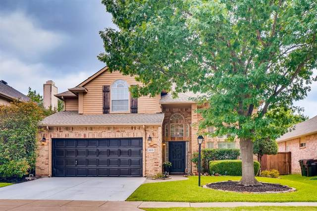 2213 Briarcrest Drive, Plano, TX 75023 (MLS #14373870) :: Trinity Premier Properties