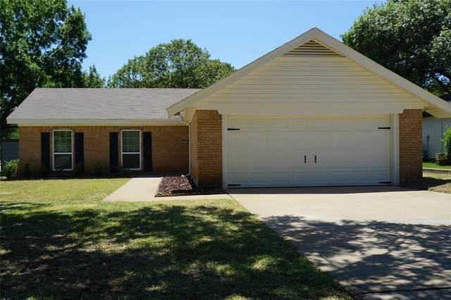 1201 Hemphill Drive, Cleburne, TX 76033 (MLS #14373958) :: Maegan Brest   Keller Williams Realty