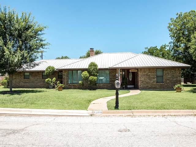 1406 Sycamore Street, Breckenridge, TX 76424 (MLS #14373968) :: The Kimberly Davis Group
