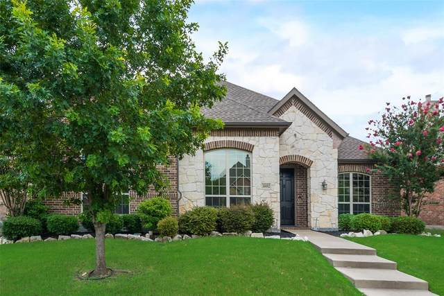 3602 Meadow Bluff Lane, Sachse, TX 75048 (MLS #14374402) :: Hargrove Realty Group