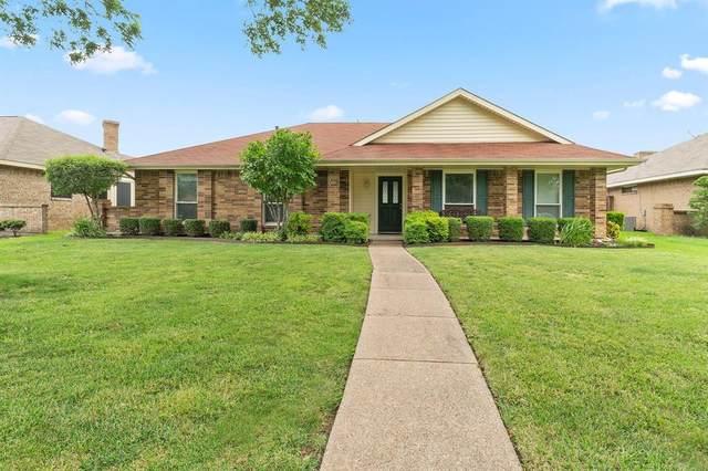 2309 Woodrow Way, Rowlett, TX 75088 (MLS #14374489) :: Tenesha Lusk Realty Group