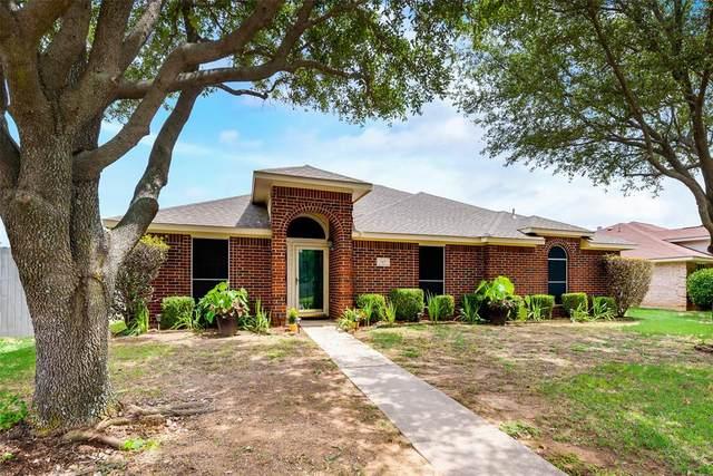 717 Crenshaw Drive, Cedar Hill, TX 75104 (MLS #14374579) :: Robbins Real Estate Group
