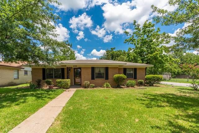 4200 Templeton Street, Greenville, TX 75401 (MLS #14374852) :: The Kimberly Davis Group