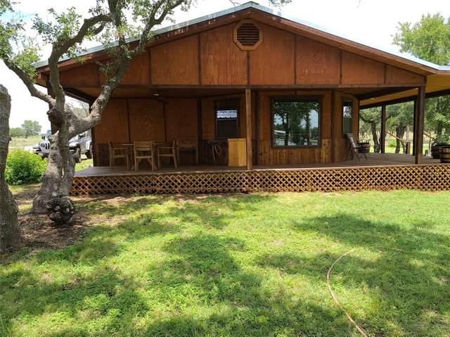 8902 County Road 562, Brownwood, TX 76801 (MLS #14374996) :: The Hornburg Real Estate Group