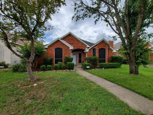 2116 Walden Place, Mesquite, TX 75181 (MLS #14375257) :: The Kimberly Davis Group