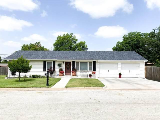 705 Starlight, Seymour, TX 76380 (MLS #14375451) :: The Heyl Group at Keller Williams
