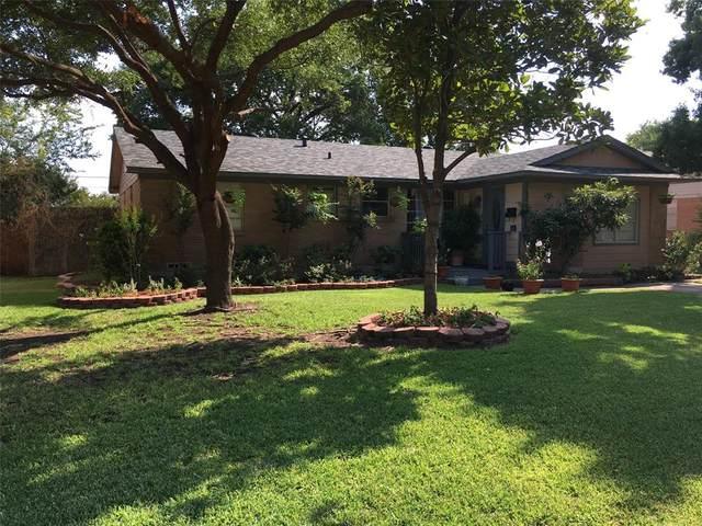 526 Royal Crest Drive, Richardson, TX 75081 (MLS #14375686) :: The Chad Smith Team
