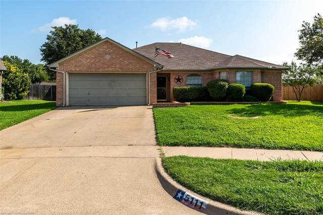 5111 Ivycrest Trail, Arlington, TX 76017 (MLS #14375879) :: Century 21 Judge Fite Company