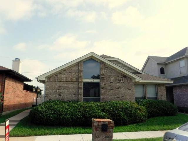 703 Greenridge Drive, Arlington, TX 76017 (MLS #14375927) :: Baldree Home Team
