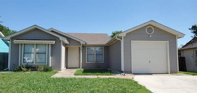 1705 Gentle Wind Drive, Arlington, TX 76018 (MLS #14375934) :: Real Estate By Design