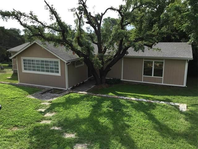 1201 Comanche Cove Drive, Granbury, TX 76048 (MLS #14375949) :: Trinity Premier Properties