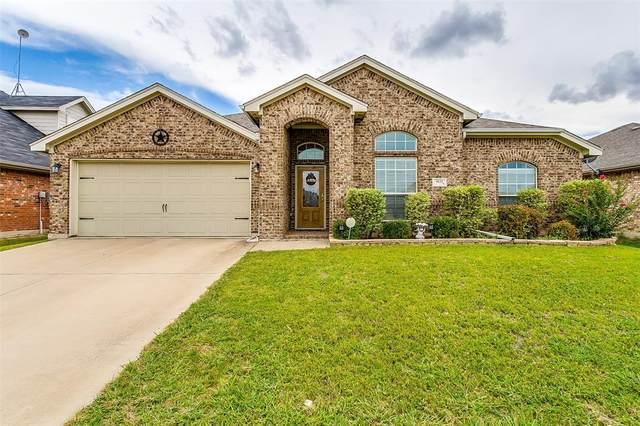 9121 Arlene Drive, White Settlement, TX 76108 (MLS #14376055) :: Team Tiller