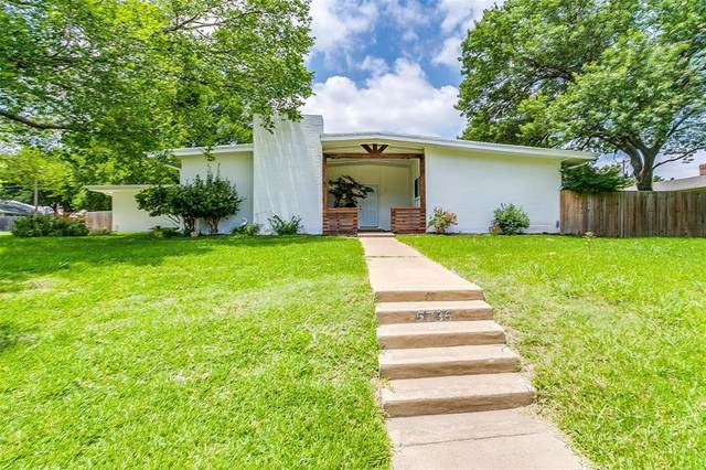 5736 Wedgmont Circle N, Fort Worth, TX 76133 (MLS #14376106) :: Tenesha Lusk Realty Group