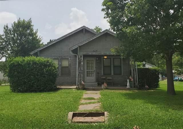 203 Braz, Bonham, TX 75418 (MLS #14376135) :: Baldree Home Team