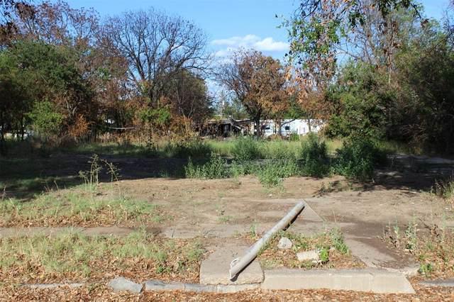 511 Llano Street, Coleman, TX 76834 (MLS #14376190) :: Frankie Arthur Real Estate