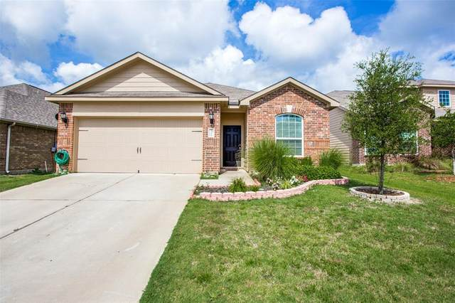 1304 James Street, Howe, TX 75459 (MLS #14376220) :: Baldree Home Team