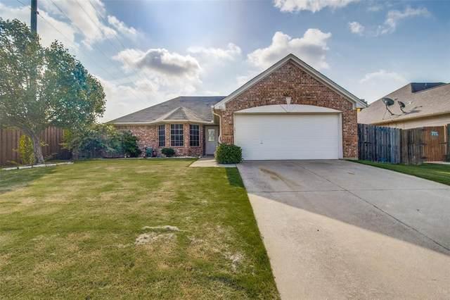 801 Countryside Drive, Aubrey, TX 76227 (MLS #14376291) :: RE/MAX Pinnacle Group REALTORS