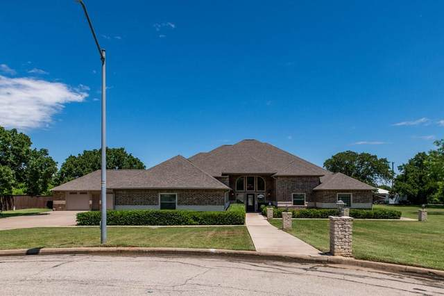 6501 Wimbleton Court, Mineral Wells, TX 76067 (MLS #14376461) :: The Good Home Team