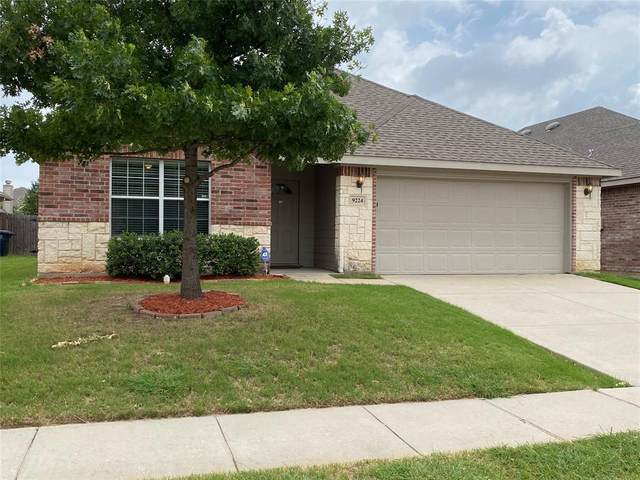 9224 Tierra Verde Drive, Fort Worth, TX 76177 (MLS #14376627) :: The Kimberly Davis Group