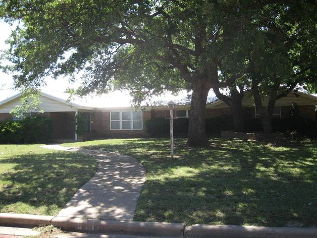 511 S Dixie Street, Eastland, TX 76448 (MLS #14376701) :: The Heyl Group at Keller Williams