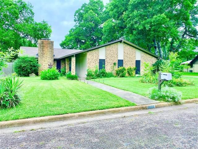 2003 Blue Bird Circle, Bonham, TX 75418 (MLS #14377023) :: Baldree Home Team