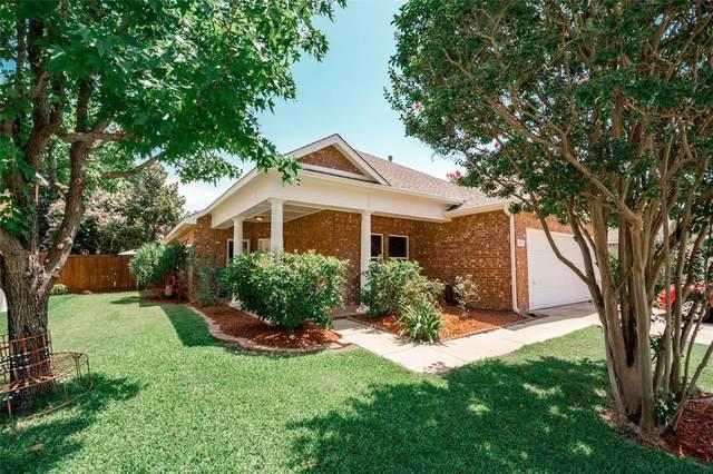 2613 Timberhill Drive, Flower Mound, TX 75028 (MLS #14377038) :: Baldree Home Team