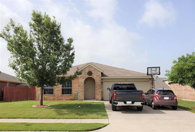 1610 Sequoia Drive, Krum, TX 76249 (MLS #14377165) :: The Kimberly Davis Group