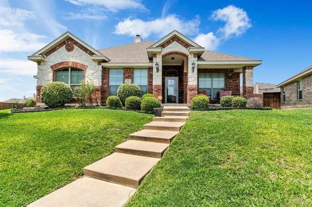 301 Mayflower Drive, Red Oak, TX 75154 (MLS #14377229) :: Century 21 Judge Fite Company
