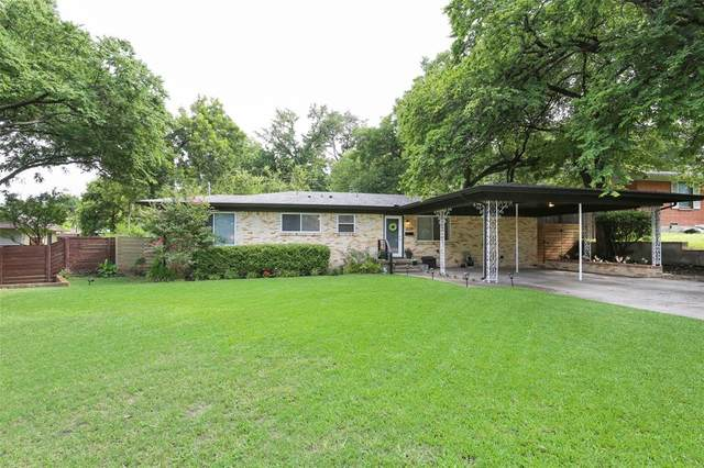 2514 W Kiest Boulevard, Dallas, TX 75233 (MLS #14377714) :: Tenesha Lusk Realty Group