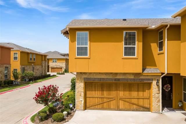 2675 Villa Di Lago #1, Grand Prairie, TX 75054 (MLS #14377724) :: The Kimberly Davis Group