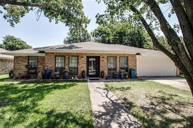 2304 North Lake Trail, Denton, TX 76201 (MLS #14377727) :: The Hornburg Real Estate Group