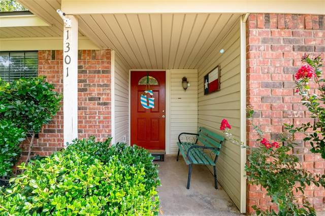 1301 Inlet Drive, Pelican Bay, TX 76020 (MLS #14377787) :: The Heyl Group at Keller Williams