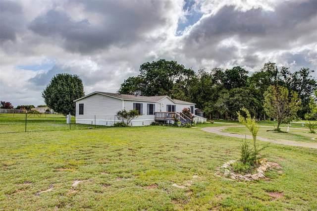 110 Pine Ridge Circle, Southmayd, TX 75092 (MLS #14377927) :: Real Estate By Design