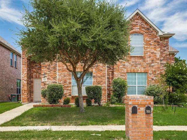 906 Jamie Drive, Grand Prairie, TX 75052 (MLS #14377955) :: Bray Real Estate Group