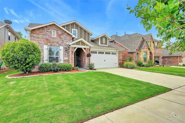 1704 Ridge Creek Lane, Aubrey, TX 76227 (MLS #14378052) :: The Heyl Group at Keller Williams