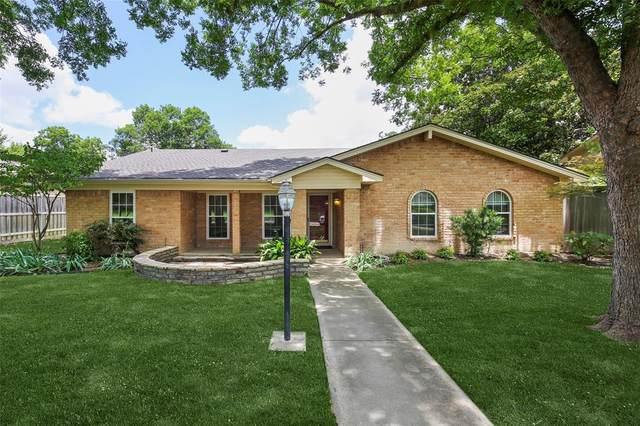 318 Ridgewood Drive, Richardson, TX 75080 (MLS #14378063) :: Baldree Home Team