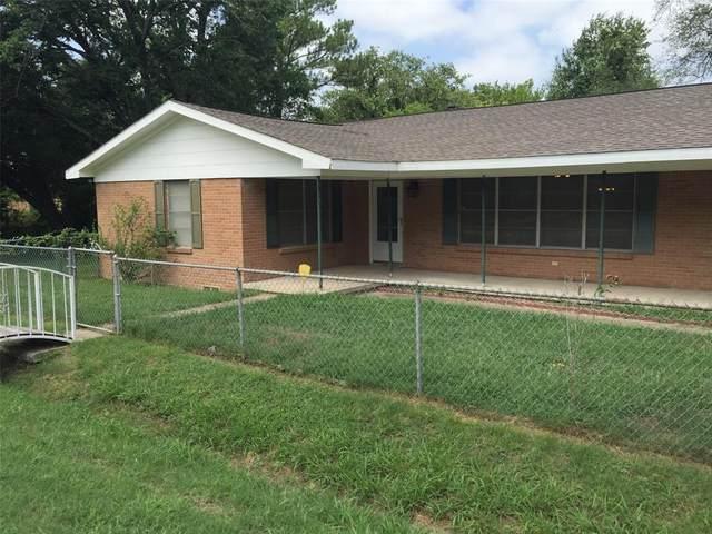 10120 Cedar Hill Road, Quinlan, TX 75474 (MLS #14378170) :: RE/MAX Pinnacle Group REALTORS