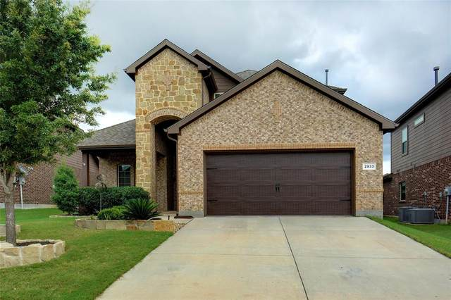 2933 Cedar Ridge Lane, Fort Worth, TX 76177 (MLS #14378234) :: Results Property Group