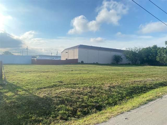 4712 Carol Lane, Dallas, TX 75247 (MLS #14378341) :: Trinity Premier Properties