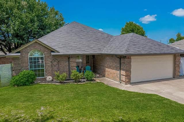 800 Tahiti Drive, Granbury, TX 76048 (MLS #14378583) :: Robbins Real Estate Group