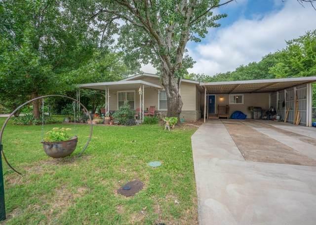 204 S Lancaster Street, Granbury, TX 76048 (MLS #14378662) :: All Cities USA Realty