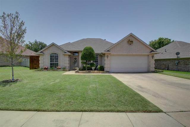 825 Sky Creek Court, Saginaw, TX 76179 (MLS #14378766) :: Trinity Premier Properties