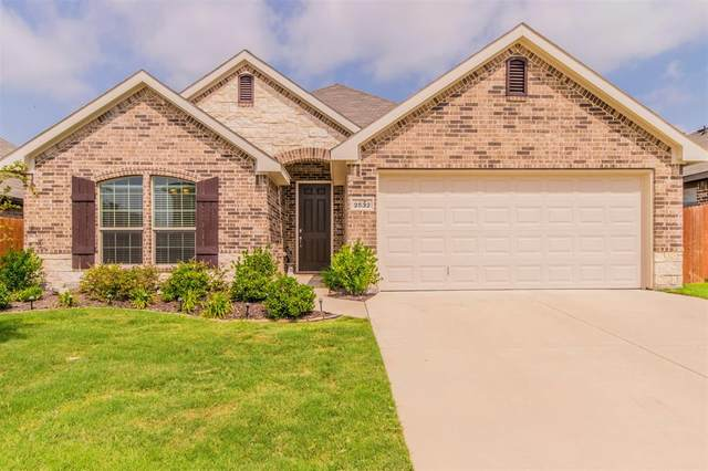 2532 Old Buck Drive, Weatherford, TX 76087 (MLS #14378797) :: NewHomePrograms.com LLC