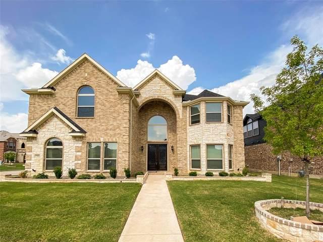 7112 Playa Norte Drive, Grand Prairie, TX 75054 (MLS #14378831) :: All Cities USA Realty