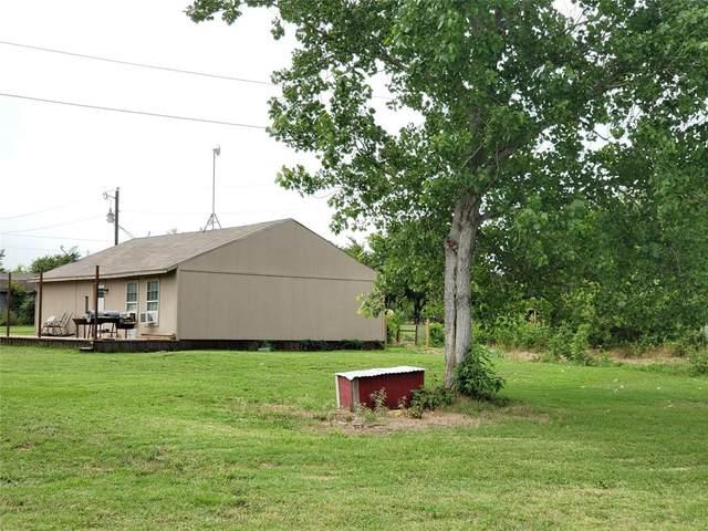 854 Lynch Bend Road, Springtown, TX 76082 (MLS #14378972) :: Trinity Premier Properties